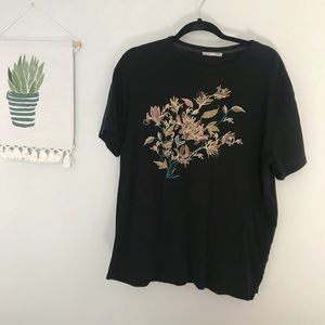 🌸Zara Embroidered T-shirt
